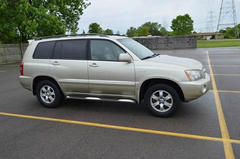 2001 Toyota Highlander for sale at West Chester Autos in Hamilton OH