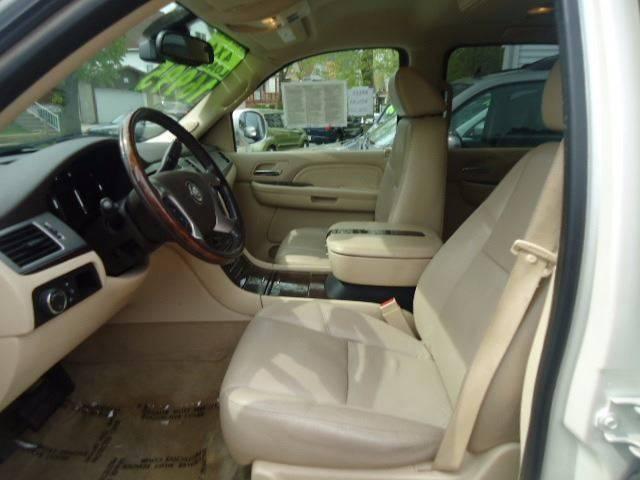 2007 Cadillac Escalade ESV AWD 4dr SUV - Milwaukee WI