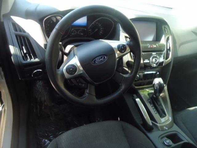 2012 Ford Focus SEL 4dr Hatchback - Milwaukee WI