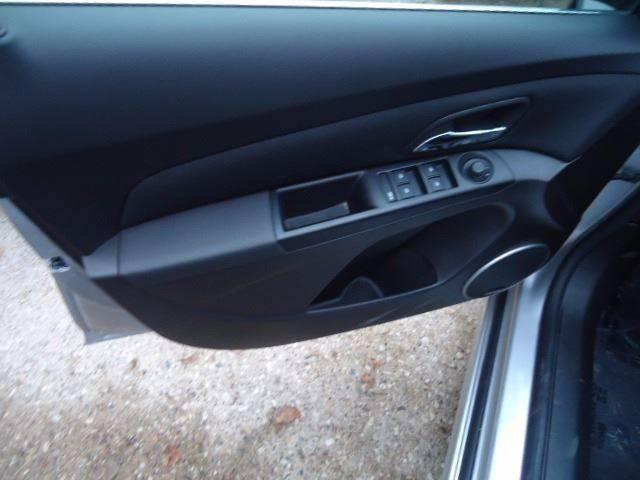 2011 Chevrolet Cruze LT 4dr Sedan w/2LT - Milwaukee WI