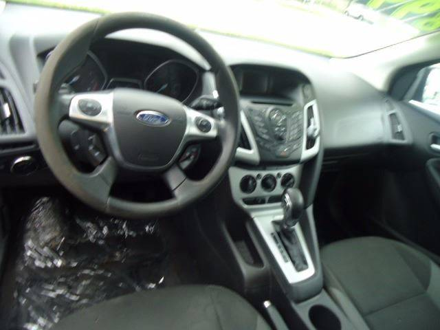 2013 Ford Focus SE 4dr Hatchback - Milwaukee WI