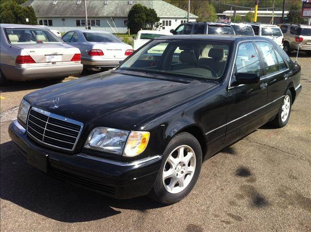 1997 mercedes benz s class s320 in akron oh kb auto mall llc for Mercedes benz dealer akron ohio