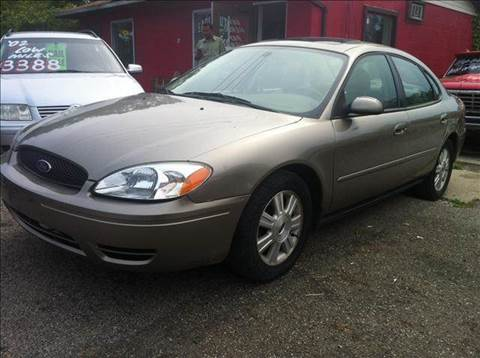 2005 Ford Taurus for sale at KB Auto Mall LLC in Akron OH