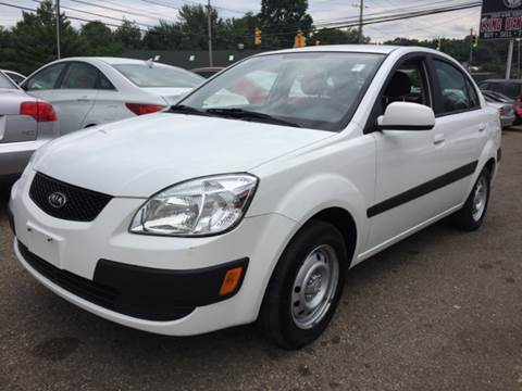 2009 Kia Rio for sale at KB Auto Mall LLC in Akron OH