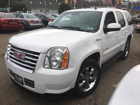 2009 GMC Yukon for sale at KB Auto Mall LLC in Akron OH