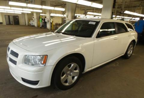 2008 Dodge Magnum for sale at KB Auto Mall LLC in Akron OH