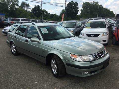 2001 Saab 9-5 for sale at KB Auto Mall LLC in Akron OH
