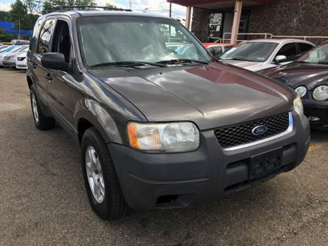 2003 Ford Escape for sale at KB Auto Mall LLC in Akron OH