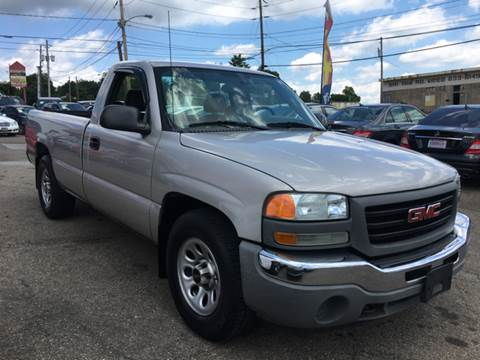 2005 GMC Sierra 1500 for sale at KB Auto Mall LLC in Akron OH