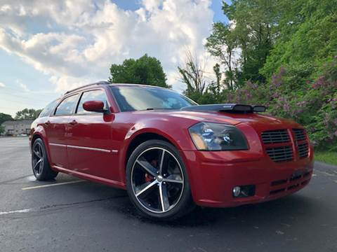 2005 Dodge Magnum for sale at KB Auto Mall LLC in Akron OH