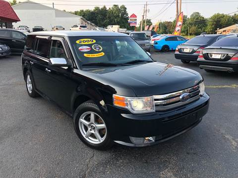2009 Ford Flex for sale at KB Auto Mall LLC in Akron OH