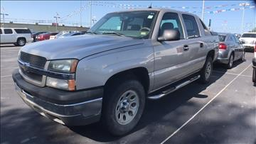 2005 Chevrolet Avalanche for sale at Classic Chevrolet in Owasso OK
