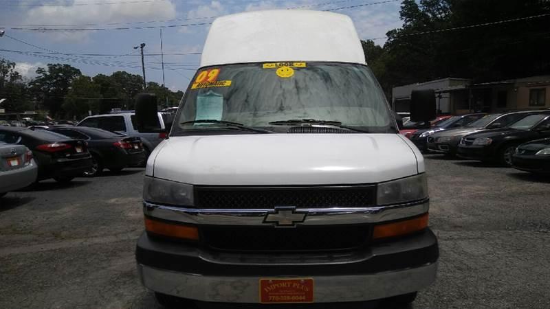 2009 CHEVROLET G3500 white 168549 miles VIN 1GBJG31K991161380