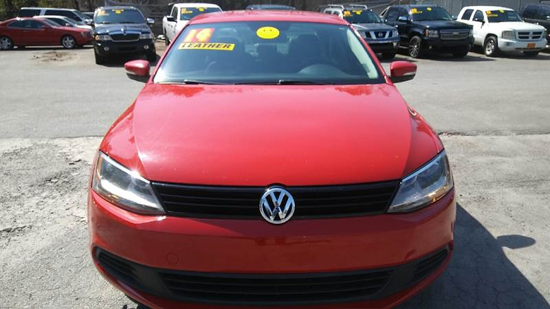 2014 VOLKSWAGEN JETTA SE PZEV 4DR SEDAN 6A red 2-stage unlocking doors abs - 4-wheel air filtra