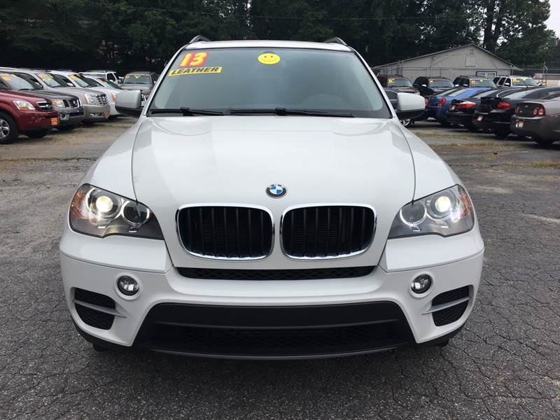 2013 BMW X5 XDRIVE35I AWD 4DR SUV white door handle color - body-color exhaust tip color - chrom