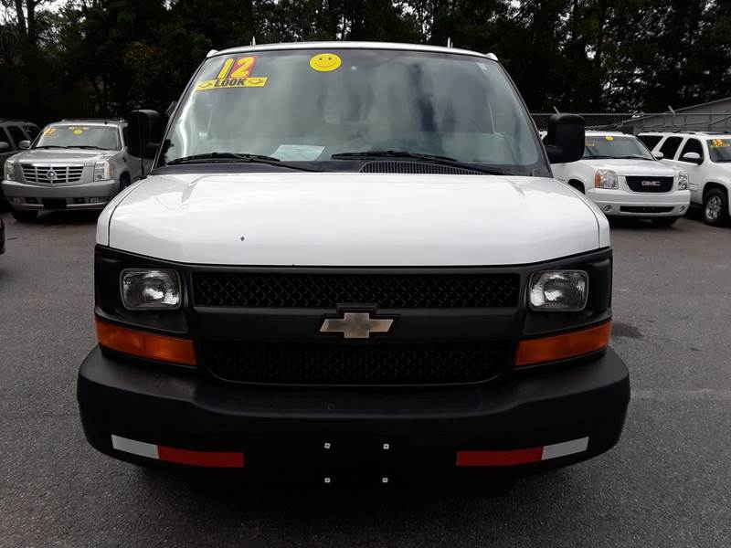 2012 CHEVROLET EXPRESS CARGO 1500 3DR CARGO VAN white exhaust tip color - stainless-steel front