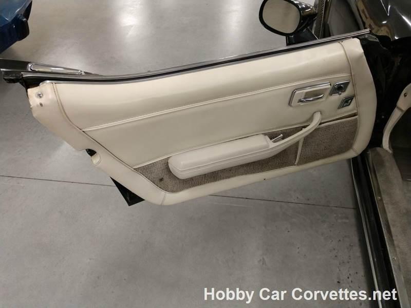 1980 Chevrolet Corvette 11