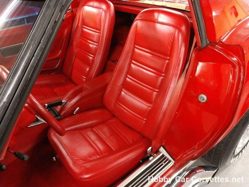 1977 Chevrolet Corvette 10