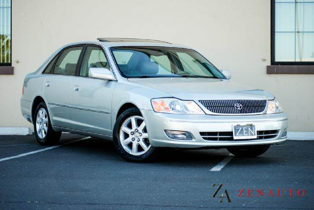 2000 Toyota Avalon XLS   Sacramento CA
