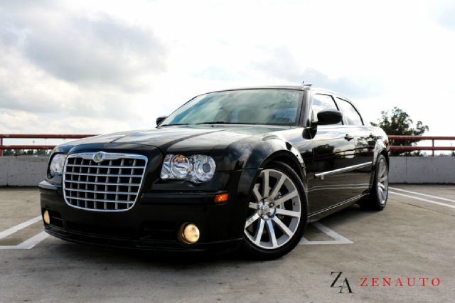 2008 chrysler 300 srt 8 4dr sedan 300c custom navi 495 hp. Black Bedroom Furniture Sets. Home Design Ideas