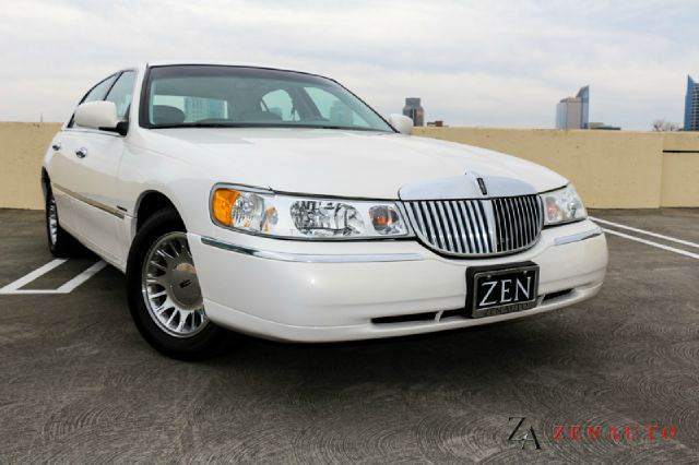 1998 Lincoln Town Car Cartier 4dr Sedan In Sacramento Ca Zen Auto