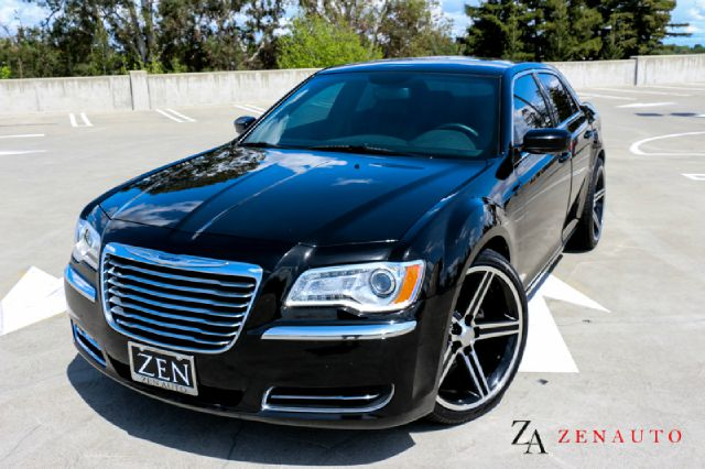 2014 chrysler 300 base 4dr sedan custom 22 inch wheels in sacramento ca zen auto sales. Black Bedroom Furniture Sets. Home Design Ideas