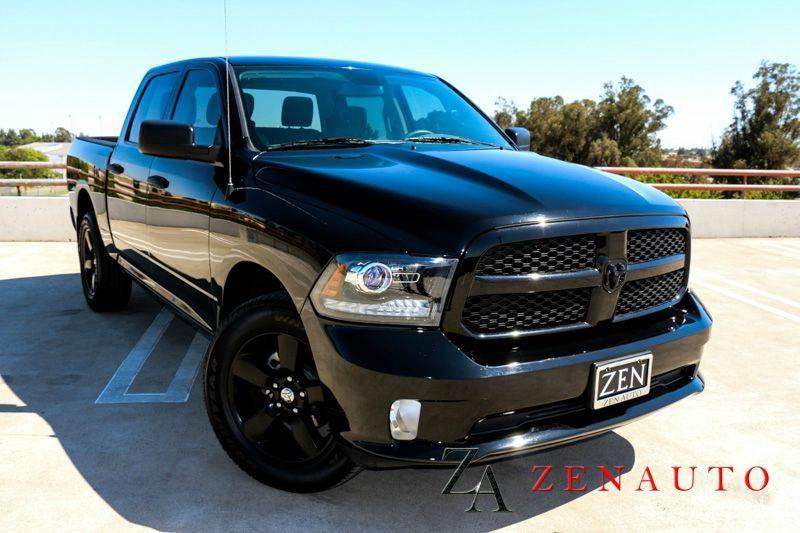 2014 ram ram pickup 1500 express 4x4 4dr crew cab 5 5 ft sb pickup custom all black msrp 39k. Black Bedroom Furniture Sets. Home Design Ideas