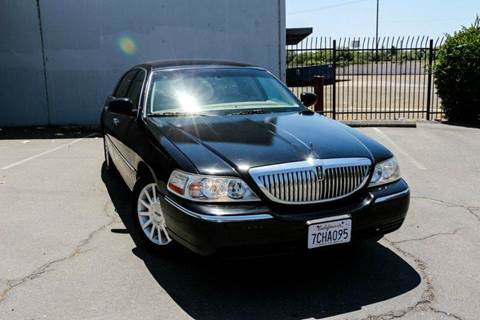 2006 Lincoln Town Car for sale at Zen Auto Sales in Sacramento CA