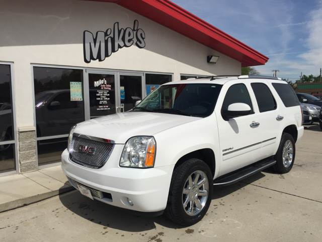 2013 GMC Yukon for sale at Mike`s Auto Sales in Columbus NE