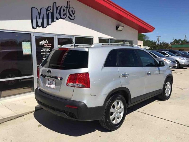 2012 Kia Sorento for sale at Mike`s Auto Sales in Columbus NE