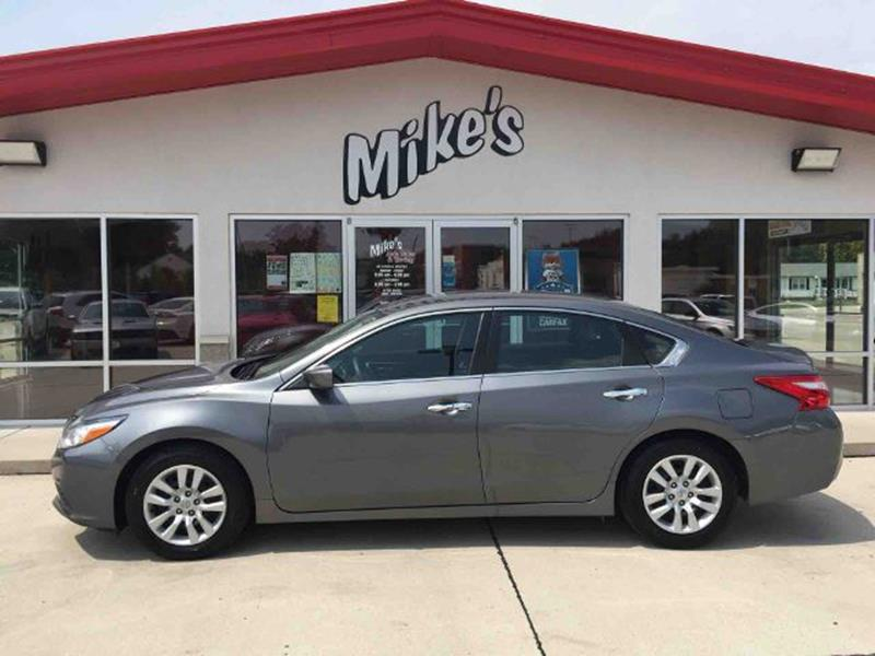 2016 Nissan Altima for sale at Mike`s Auto Sales in Columbus NE