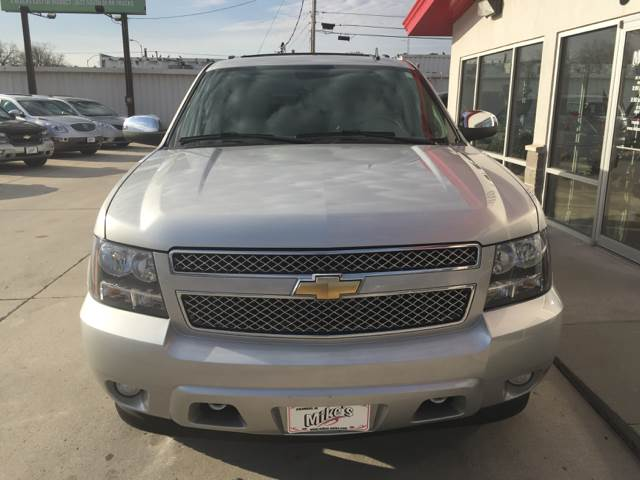 2011 Chevrolet Suburban for sale at Mike`s Auto Sales in Columbus NE