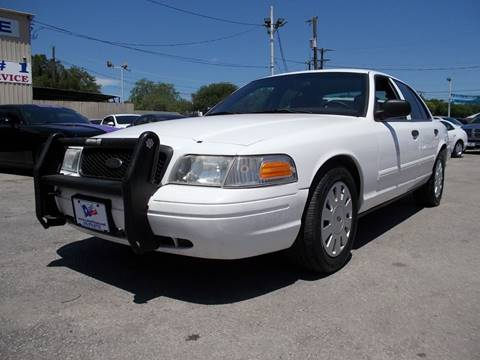 2010 Ford Crown Victoria for sale at Carz Of Texas Auto Sales in San Antonio TX