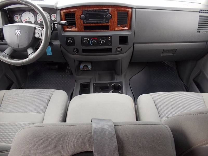 2006 Dodge Ram Pickup 2500 for sale at Carz Of Texas Auto Sales in San Antonio TX