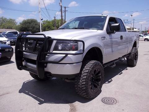 2005 Ford F-150 for sale at Carz Of Texas Auto Sales in San Antonio TX