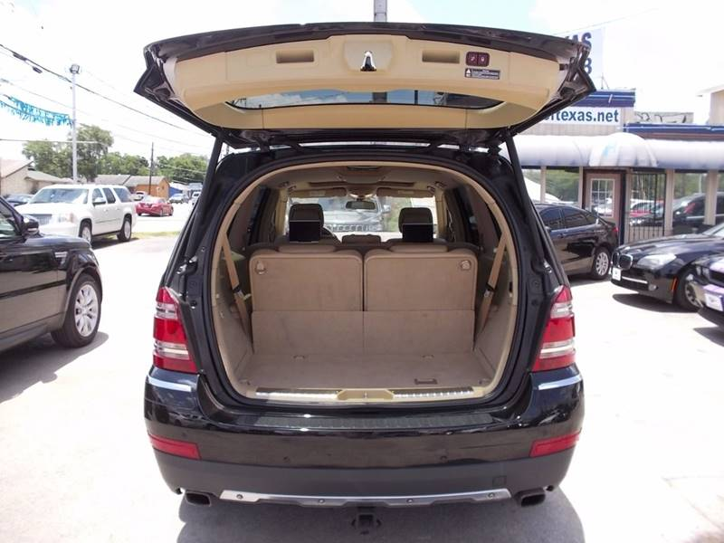 2009 Mercedes-Benz GL-Class for sale at Carz Of Texas Auto Sales in San Antonio TX