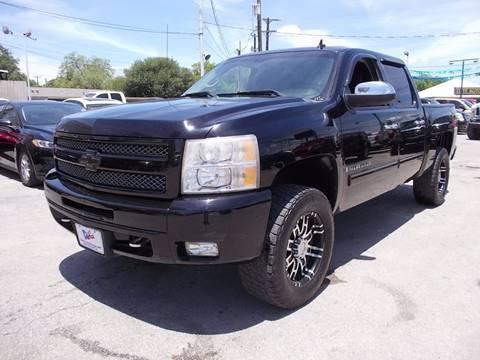 2009 Chevrolet Silverado 1500 for sale at Carz Of Texas Auto Sales in San Antonio TX