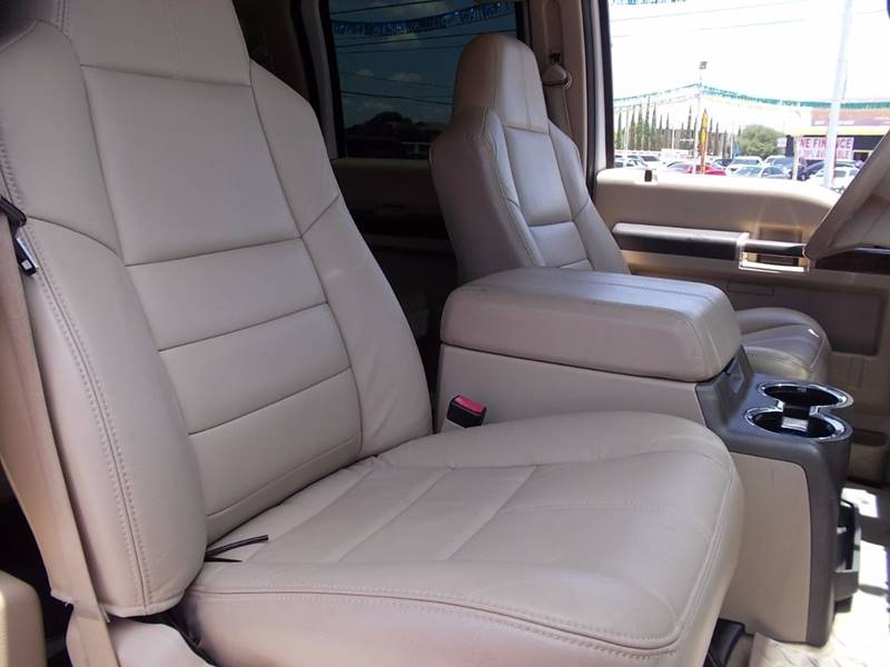 2009 Ford F-250 Super Duty for sale at Carz Of Texas Auto Sales in San Antonio TX
