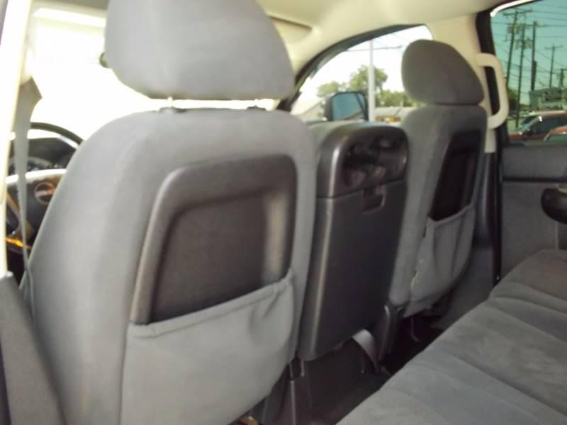 2008 GMC Sierra 2500HD for sale at Carz Of Texas Auto Sales in San Antonio TX