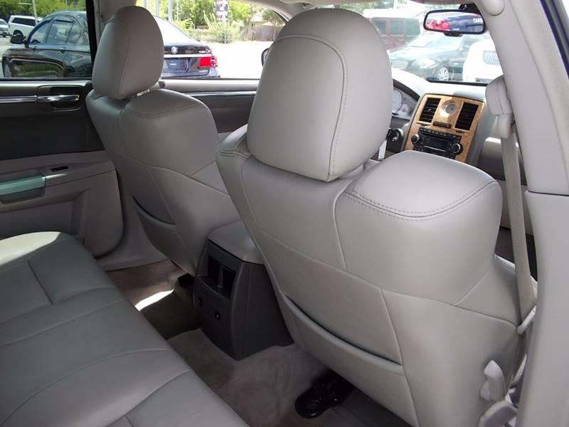 2007 Chrysler 300 for sale at Carz Of Texas Auto Sales in San Antonio TX
