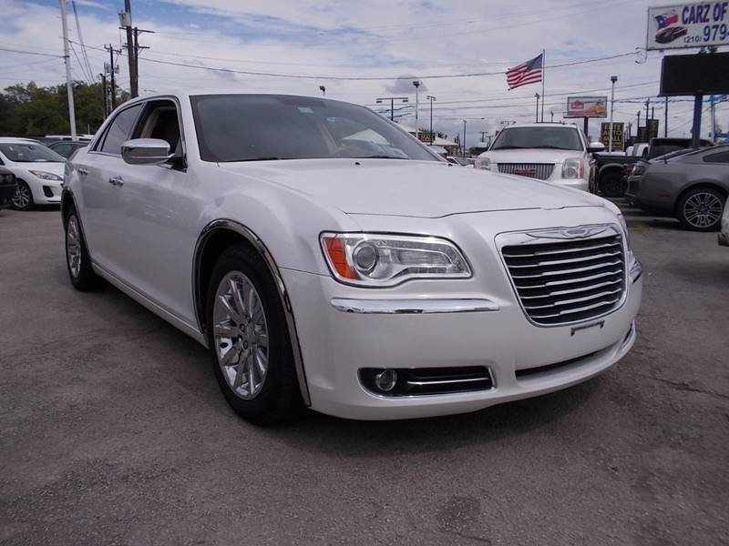 2013 Chrysler 300 for sale at Carz Of Texas Auto Sales in San Antonio TX
