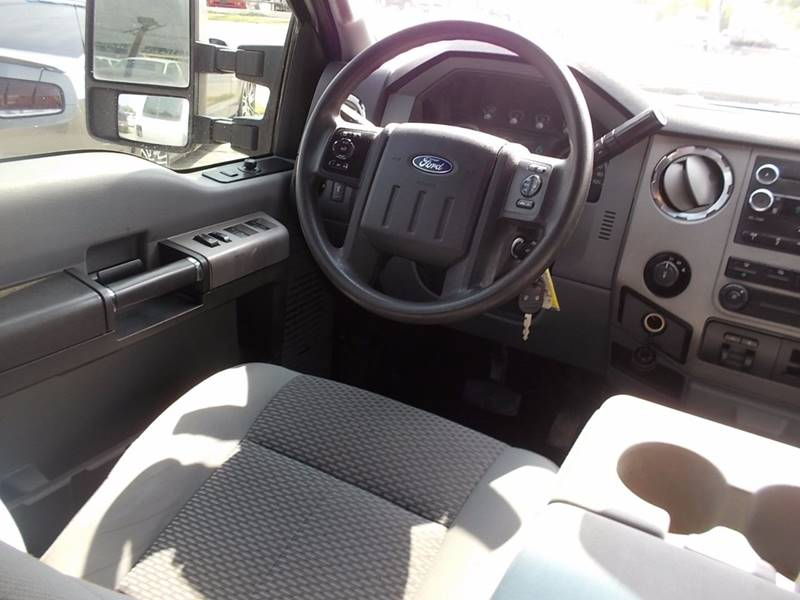 2013 Ford F-250 Super Duty for sale at Carz Of Texas Auto Sales in San Antonio TX