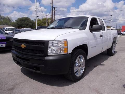 2013 Chevrolet Silverado 1500 for sale at Carz Of Texas Auto Sales in San Antonio TX