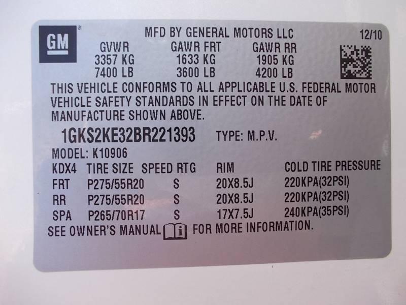 2011 GMC Yukon XL for sale at Carz Of Texas Auto Sales in San Antonio TX
