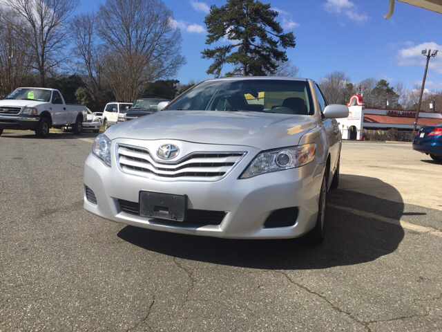 2010 Toyota Camry LE 4dr Sedan 6A - Charlotte NC