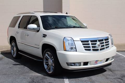 2010 Cadillac Escalade for sale at El Compadre Trucks in Doraville GA
