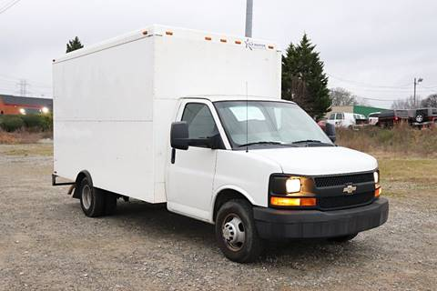 2012 Chevrolet Express Cutaway for sale at El Compadre Trucks in Doraville GA