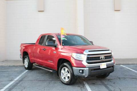 2015 Toyota Tundra for sale at El Compadre Trucks in Doraville GA