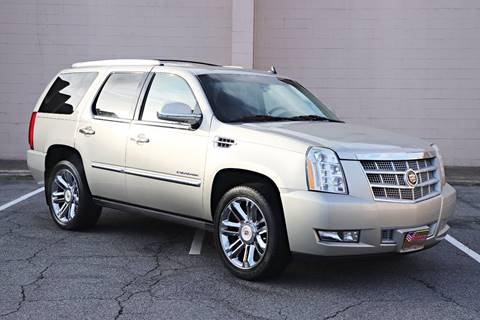 2013 Cadillac Escalade for sale at El Compadre Trucks in Doraville GA