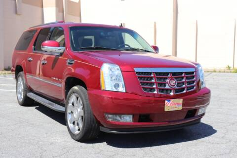 2011 Cadillac Escalade ESV for sale at El Compadre Trucks in Doraville GA